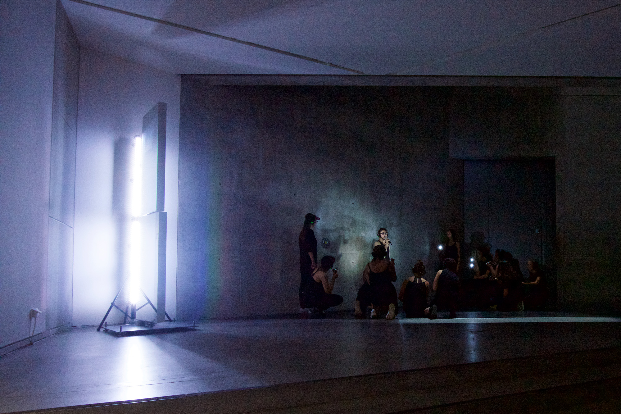 Performance #5 IRRLICHTER Kreuzberger ACADEMY, May / June 2018, IN: res·o·nant, 2017, Installation Jüdisches Museum Berlin / © Archive Mischa Kuball, Düsseldorf / VG Bild-Kunst, Bonn 2018, Photo: Jens Tenhaeff, Bar Pacifico